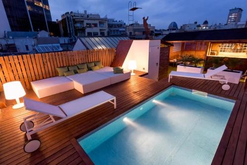 airbnb-pool